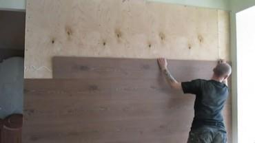 Крепление ламината на стену при помощи клея
