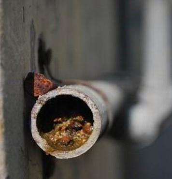засорение канализационной трубы