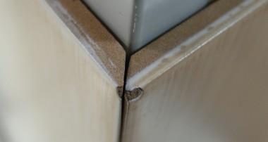 Как правильно класть стык плитки и плитки в углах
