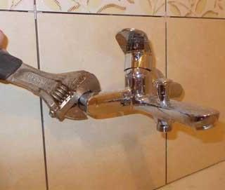 Краткое руководство по выбору лучшего смесителя для ванной.