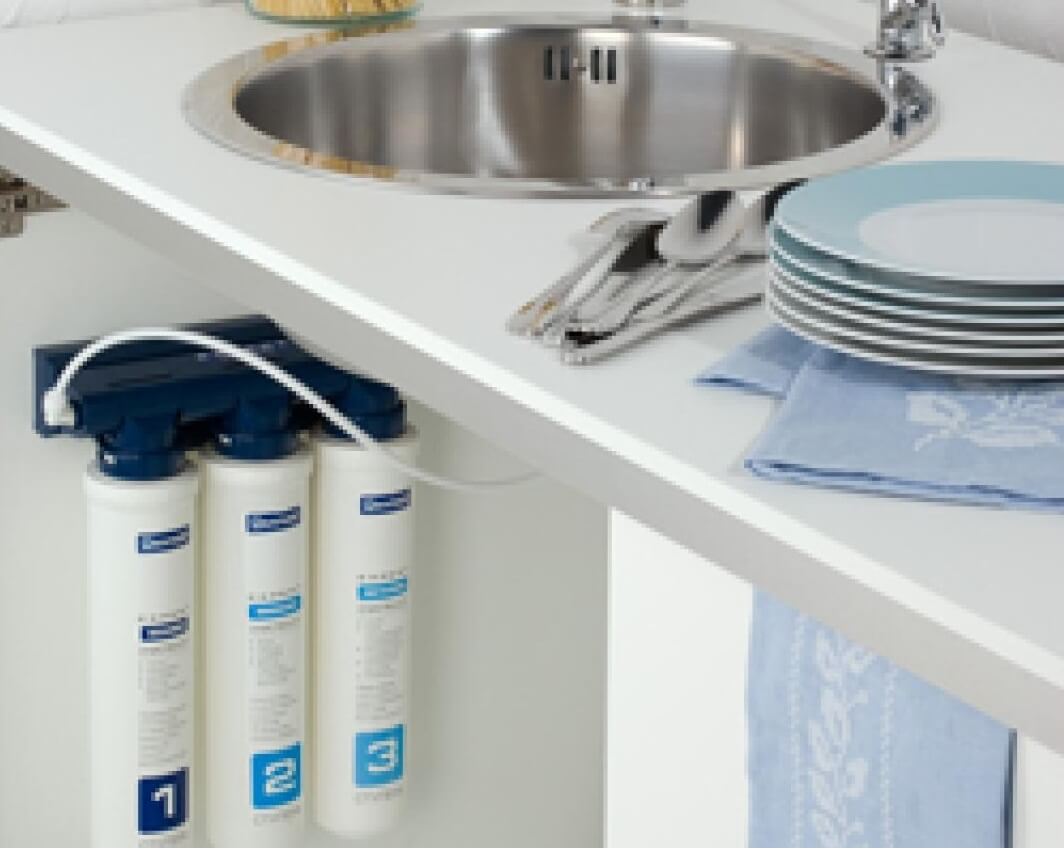 Проточные фильтры для воды под мойку