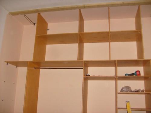 Монтаж шкафа-купе без боковых стенок
